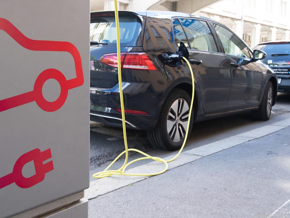 Elektroautos dürften die Gewinnmargen der Autobauer weiter belasten