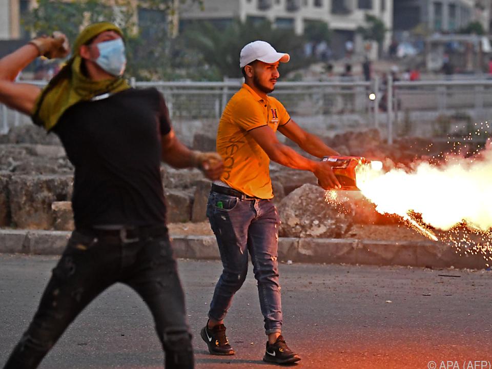 Erneut Zusammenstöße zwischen Sicherheitskräften und Demonstranten