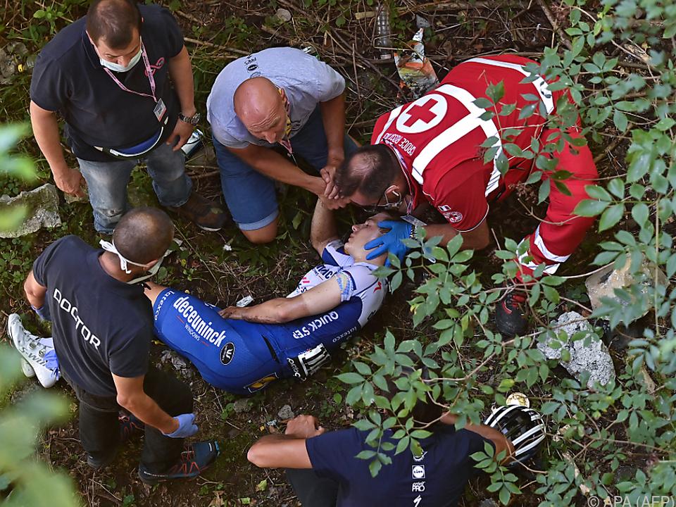 Evenepoel wurde bei dem Sturz schwer verletzt