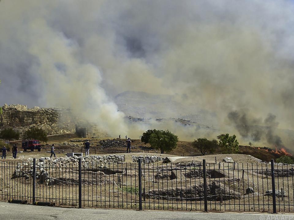 Feuer brach in der Nähe des Grabs des Agamemnon aus