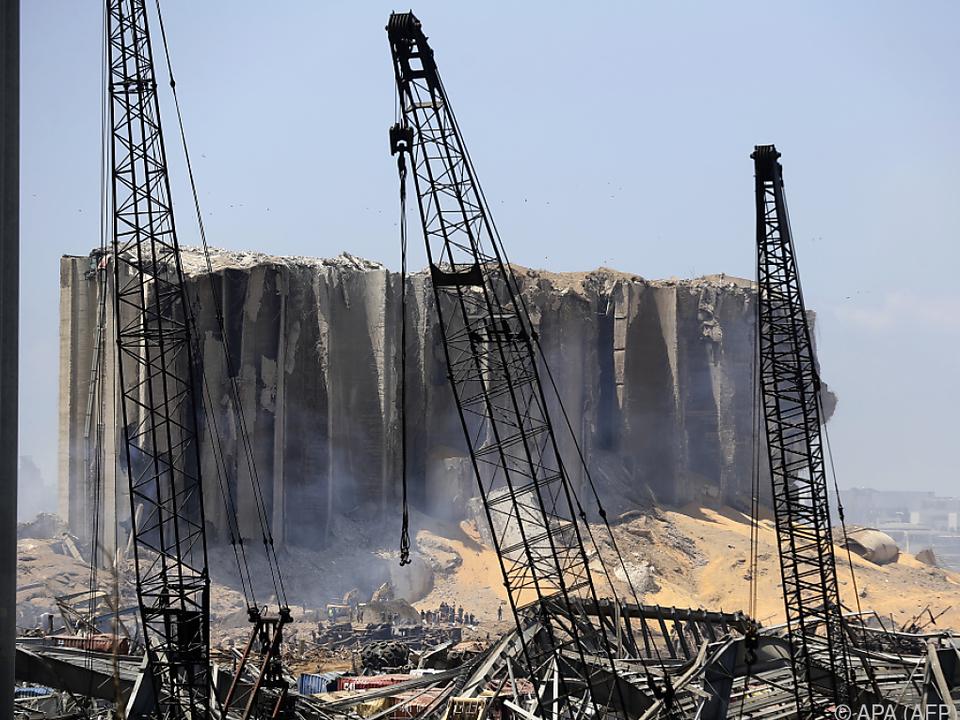 In den Trümmern werden noch weitere Opfer vermutet