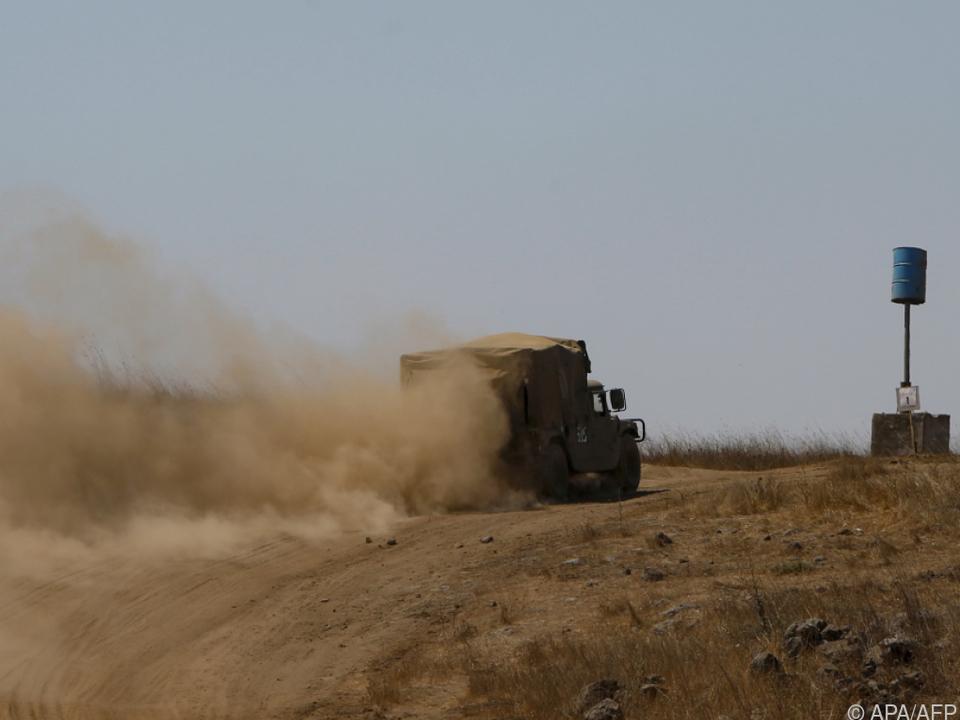 Israelisches Militärfahrzeug auf den Golanhöhen