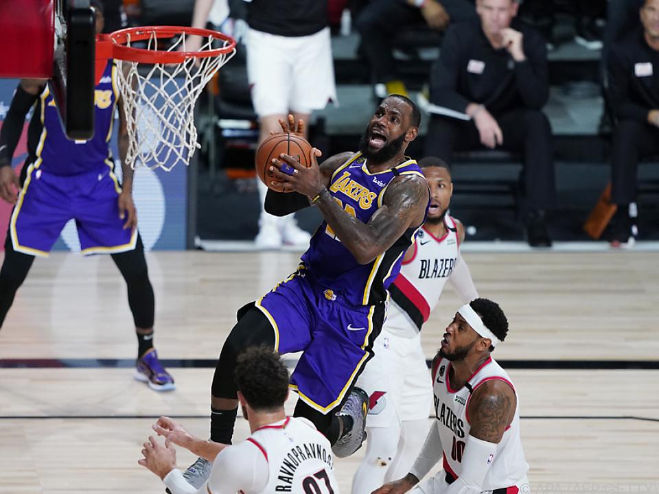 LeBron James schrammte nur knapp an einem Triple-Double vorbei