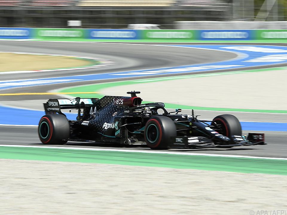 Mercedes dominiert in Spanien