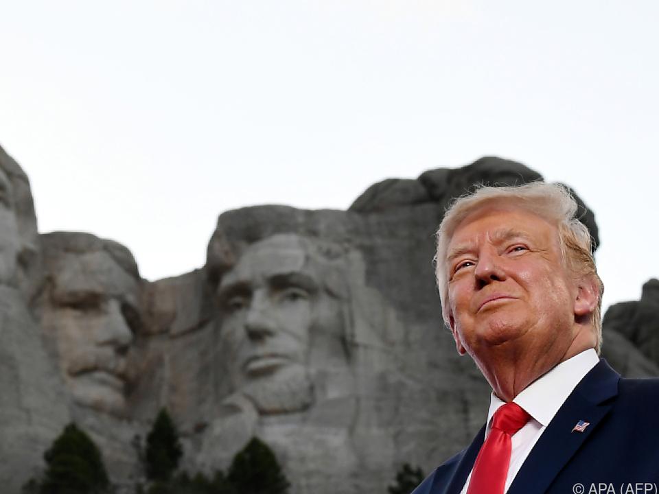 Trump würde sein Gesicht in Stein gemeißelt gut gefallen