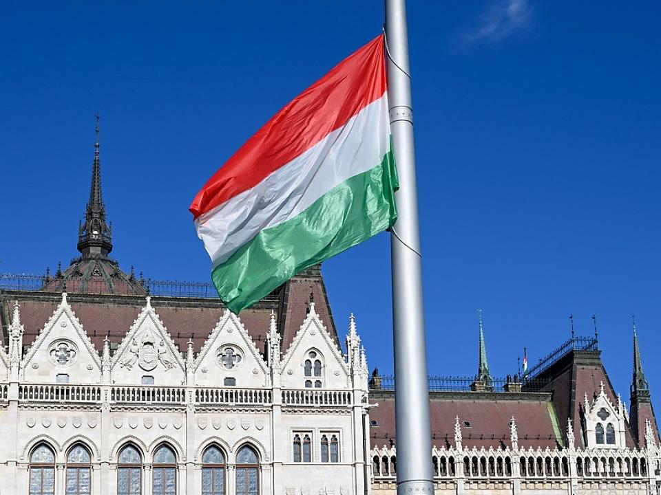 Ungarn führt strenge Einreiseregeln ein