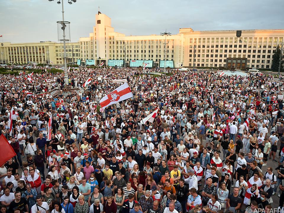 Weiter Proteste gegen Lukaschenko in Minsk