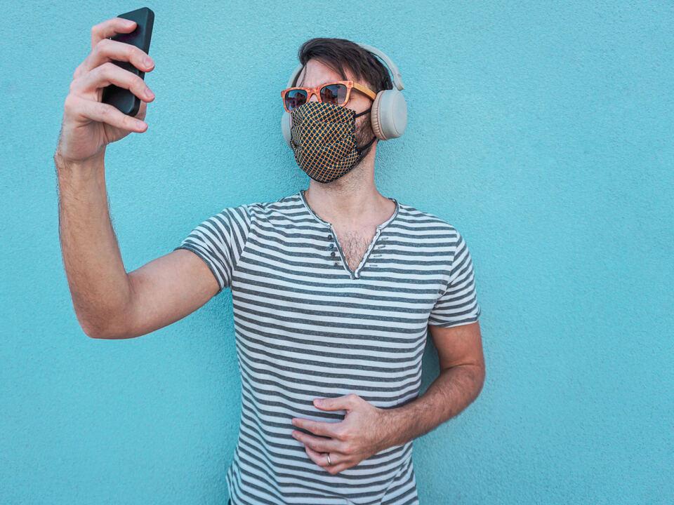 Corona Maske Handy
