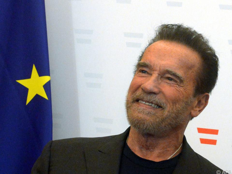 Ärzte haben Arnie coronabedingt von der Reise abgeraten
