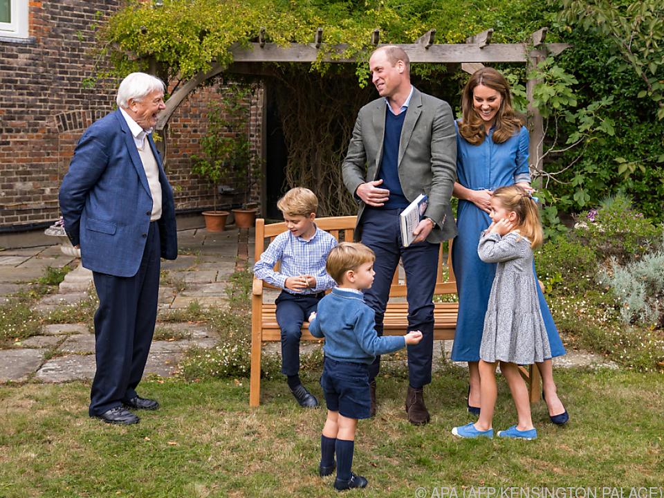Attenborough im Garten des Kensington Palasts in London