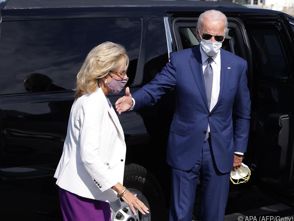 Biden kam mit seiner Frau Jill nach Wisconsin