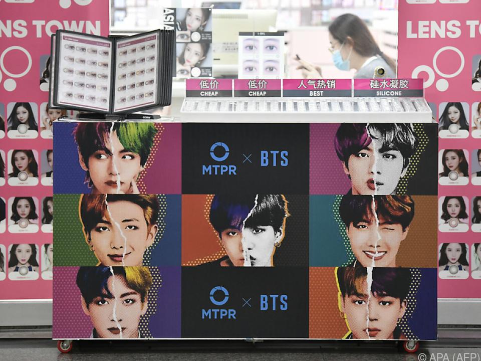 BTS schaffte es an die Spitze der US-Charts