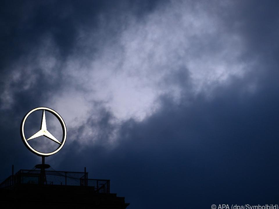 Daimler geht in Klagen unter