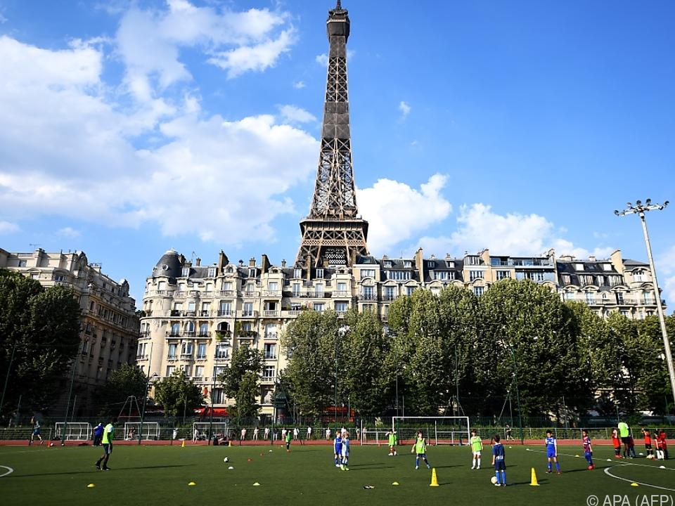 Der Eiffelturm und die nähere Umgebung wurden evakuiert