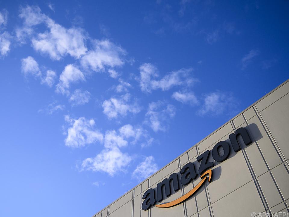 Der Online-Händler testet Drohnenlieferungen