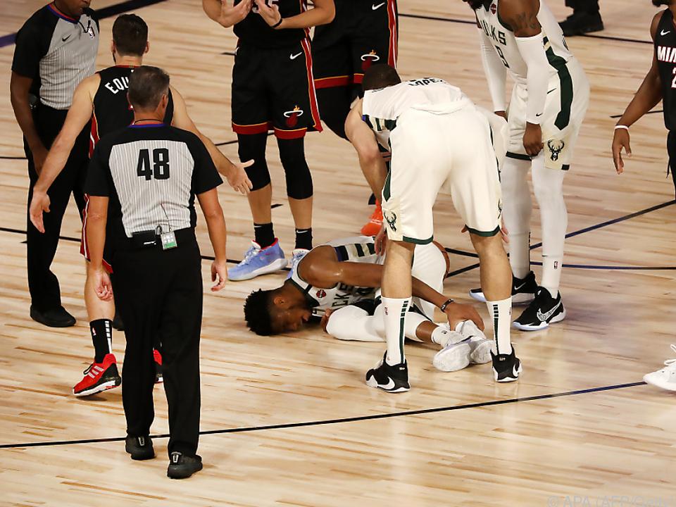 Die Szene des Spiels: Giannis Antetokounmpo verletzte sich