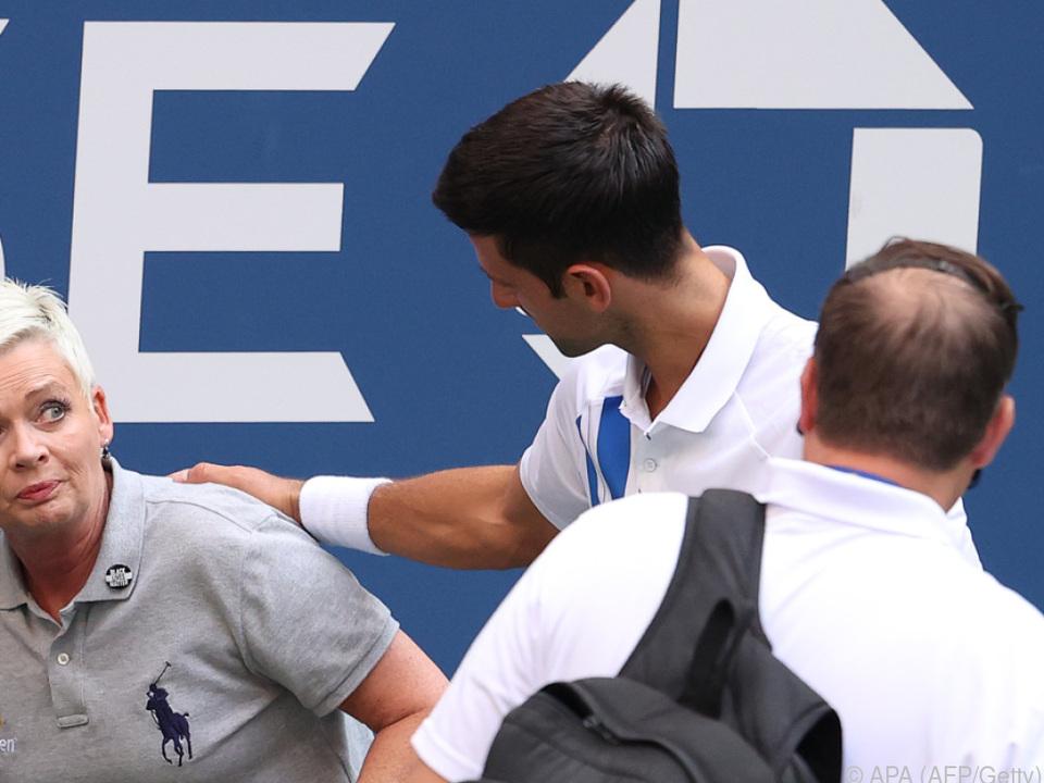 Djokovic traf eine Linienrichterin mit dem Ball