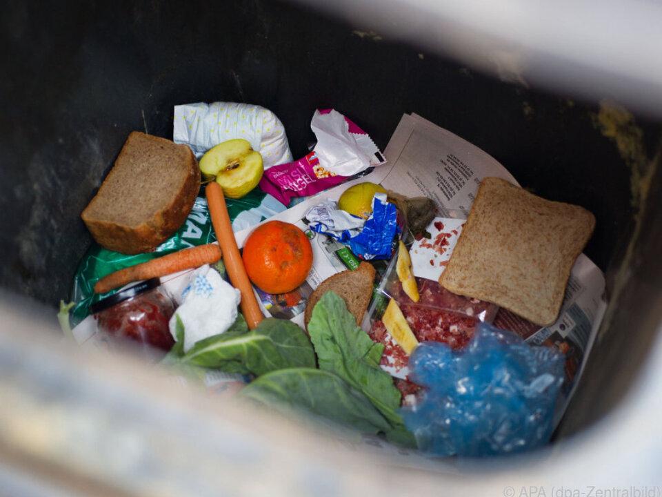 In der EU gehen 88 Mio. Lebensmitteln verloren oder werden weggeworfen