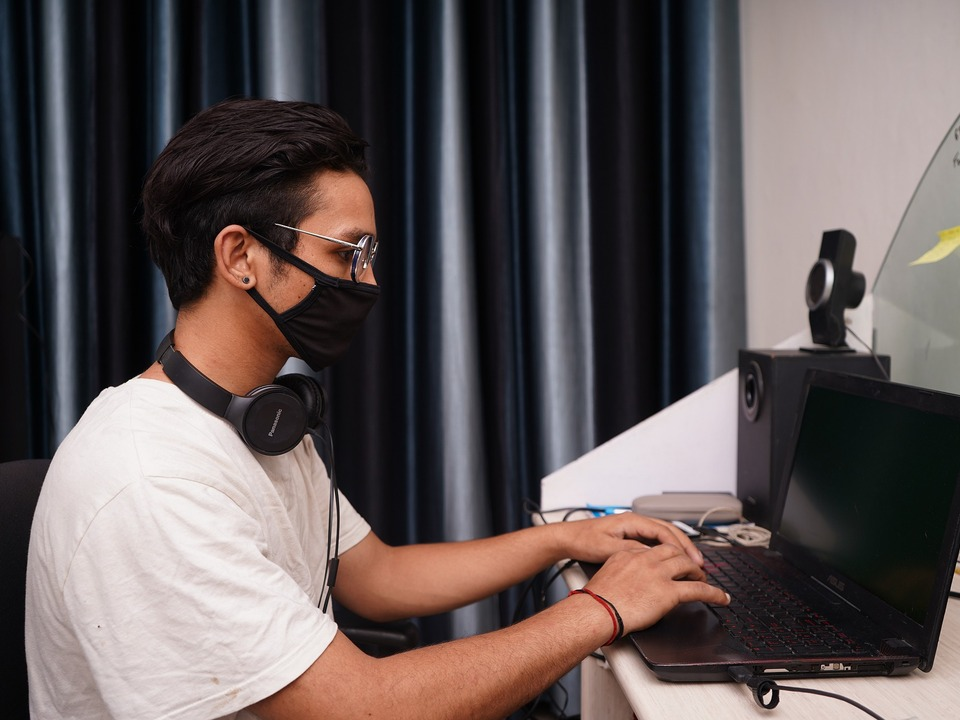 Student Corona Maske