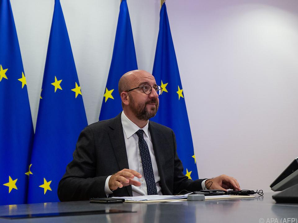 Michels Sprecher informierte die Öffentlichkeit über die Verschiebung