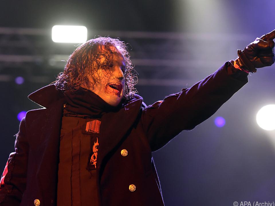 Mit Slipknot gestaltete der Sänger den Metal maßgeblich mit
