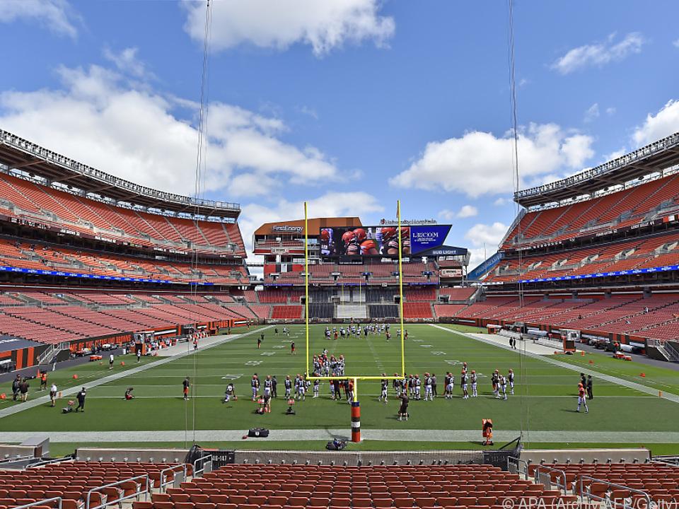 NFL-Spiele zumeist in leeren Stadien