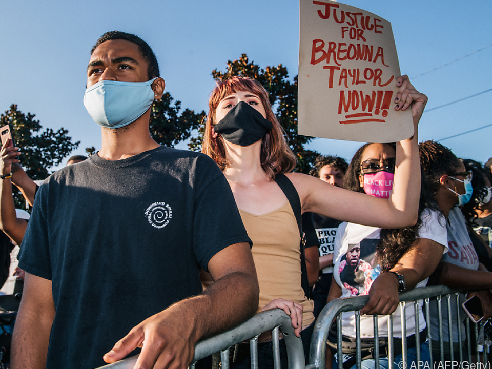 Protestierende fordern schon lange Gerechtigkeit für die Getötete
