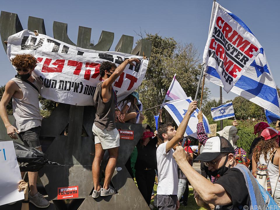 Seit Wochen fordern Demonstranten Netanyahus Rücktritt