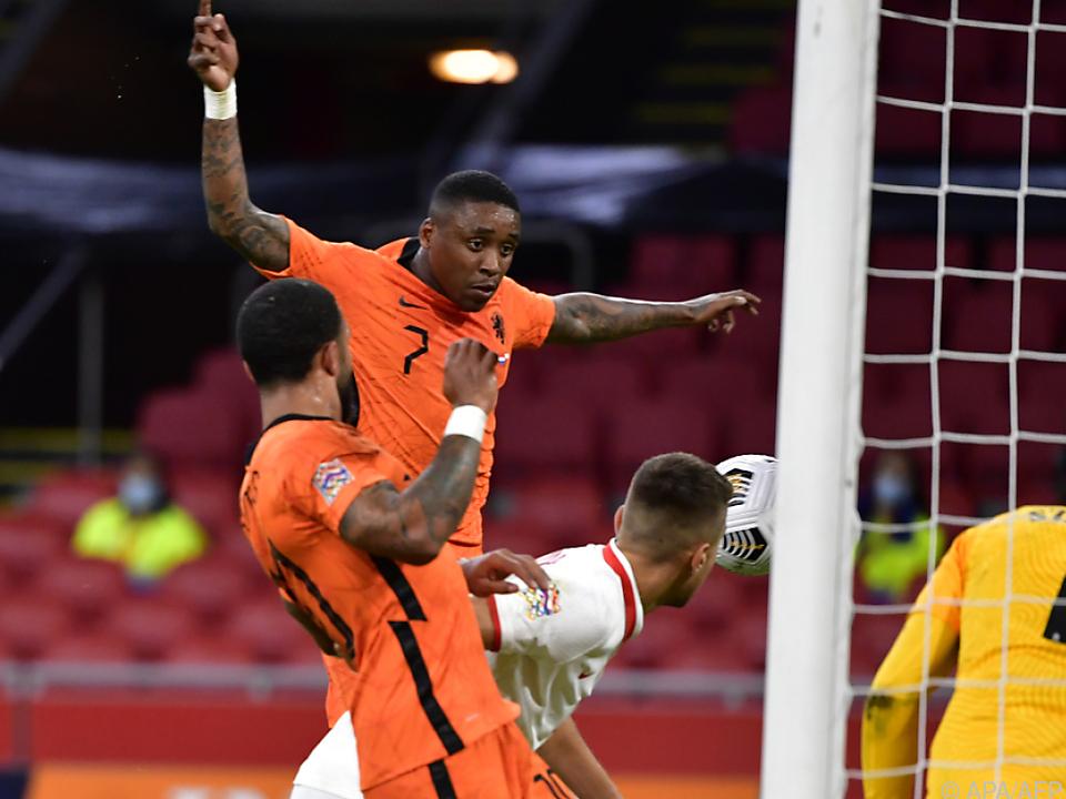 Steven Bergwijn erzielt den niederländischen Treffer zum 1:0-Sieg