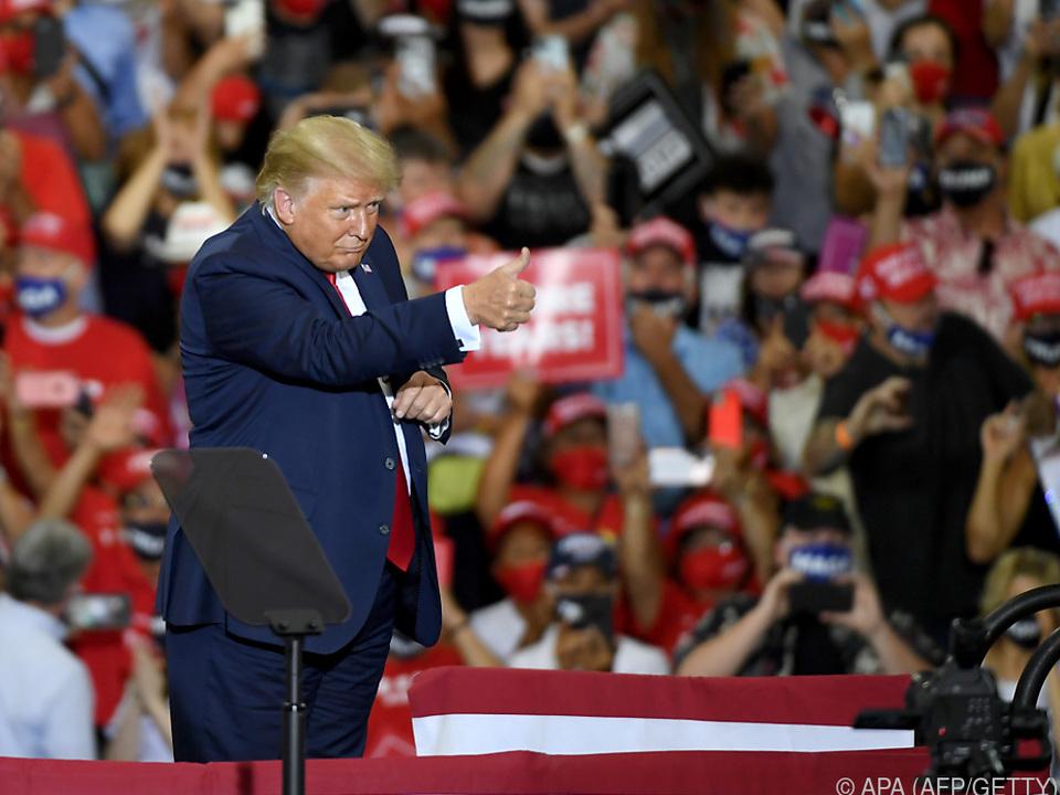 Trump ließ sich feiern, doch Kritik für Verstoß gegen Corona-Auflagen