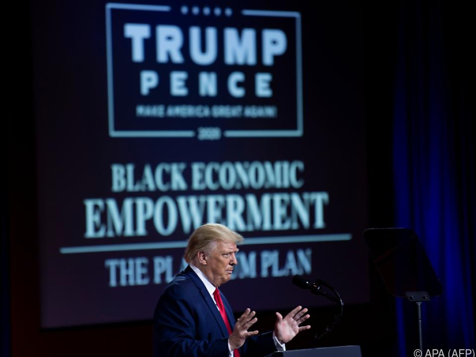 Trump stellte Wirtschaftsplan für Schwarze vor