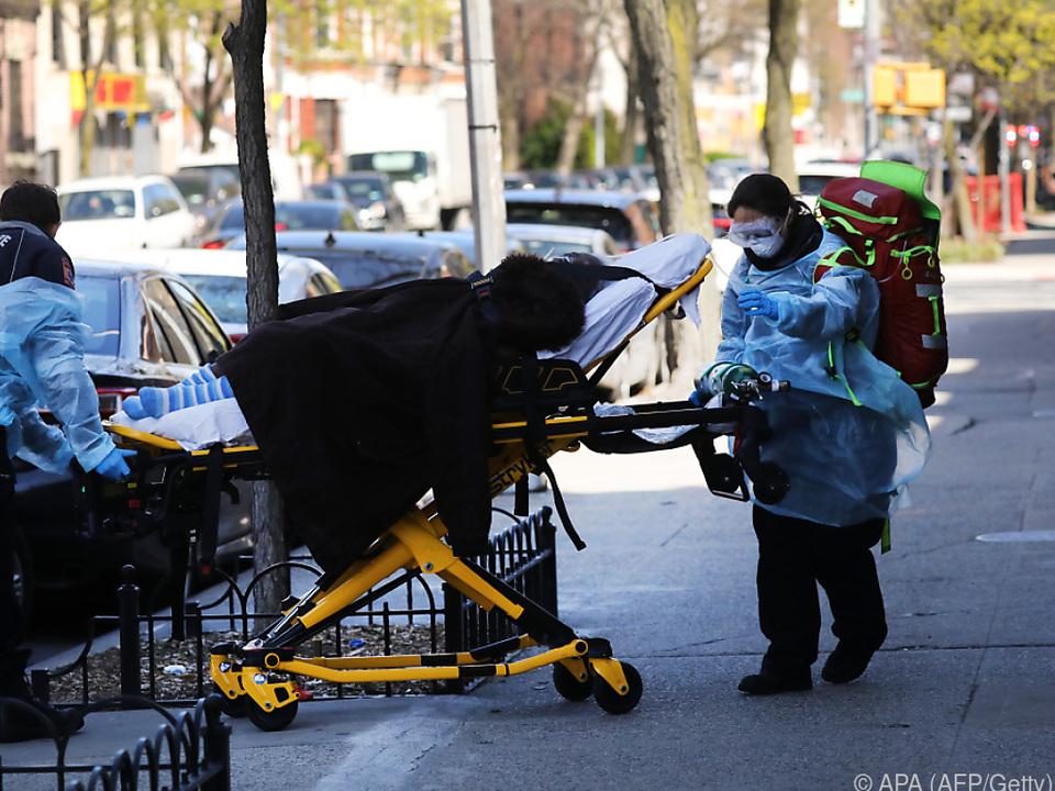 Weltweit entfallen die meisten Infektionen und Todesfälle auf die USA