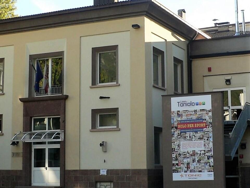 1085485_Liceo_Toniolo_Bolzano_(foto_Toniolo)