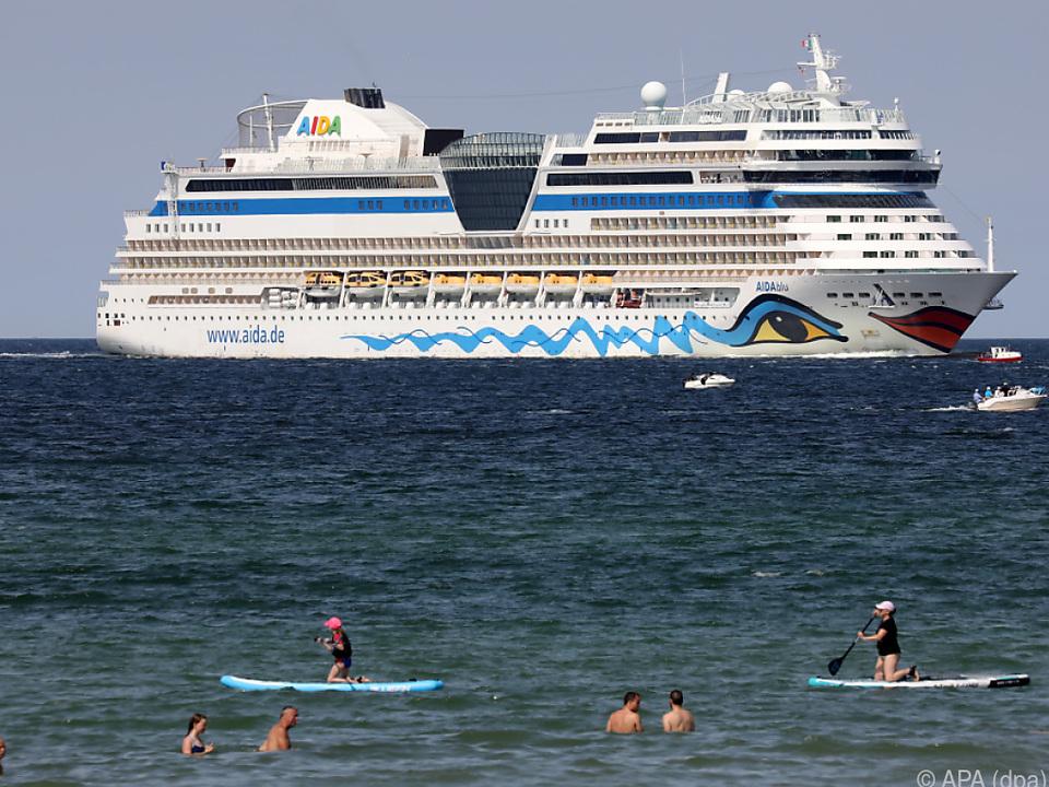 AIDA-Kreuzfahrtschiffe schippern wieder Touristen übers Meer