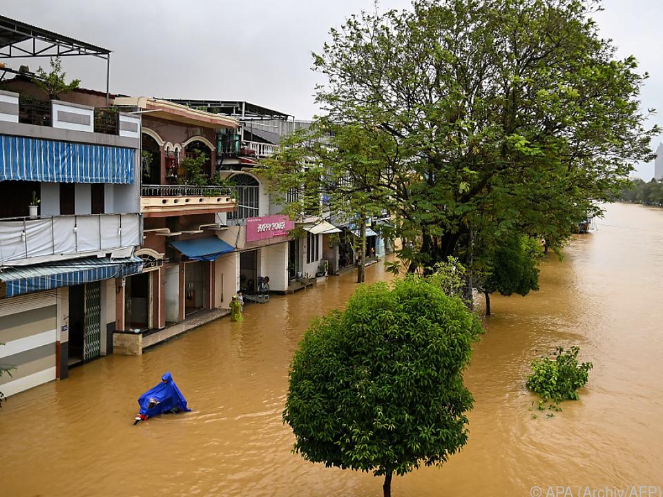 Anhaltende Überflutungen in Vietnam