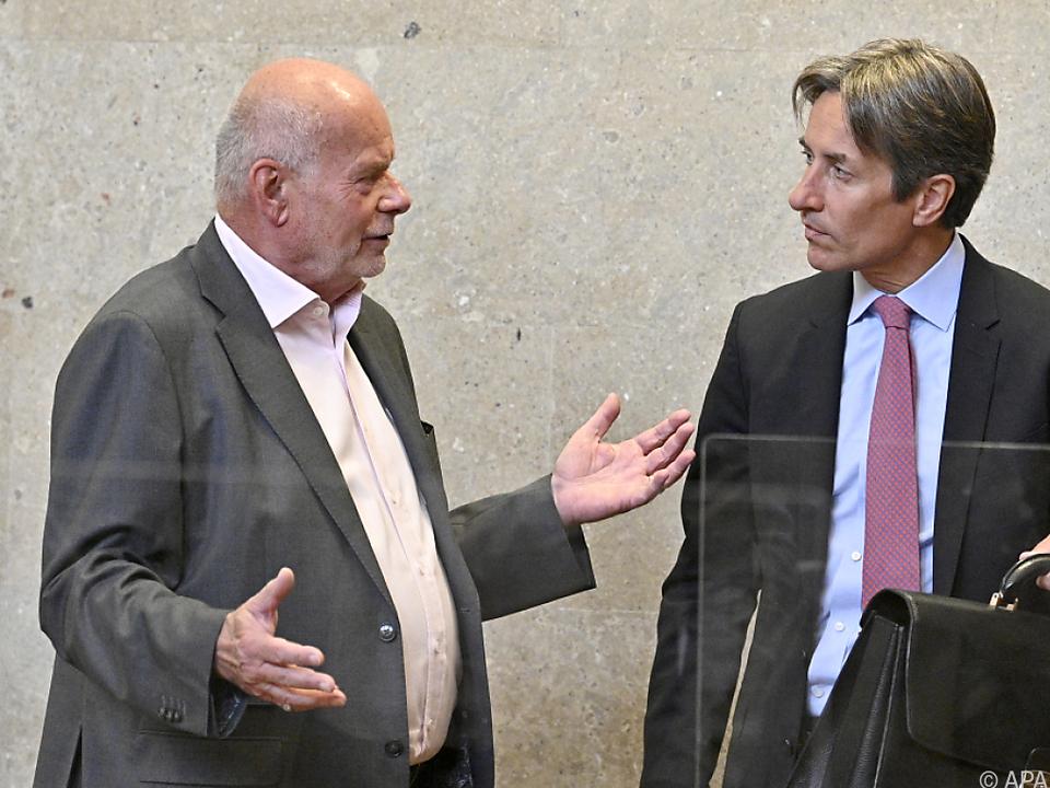 Anwalt Manfred Ainedter mit Mandant Karl Heinz Grasser