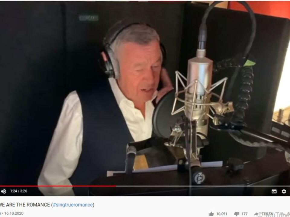 Auch Roland Kaiser wirkt in dem Video mit