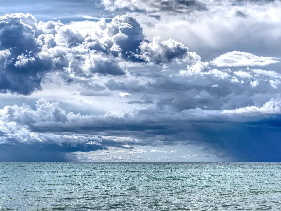 Meer Wolken Unwetter