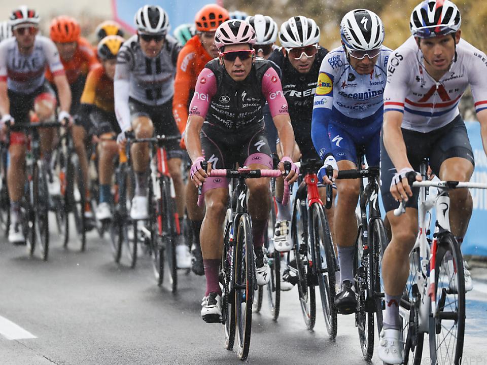Das Coronavirus treibt auch beim Giro sein Unwesen
