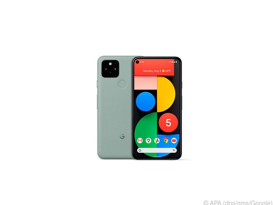 Das neue Pixel 5 gibt es in Schwarz, aber auch in Mintgrün