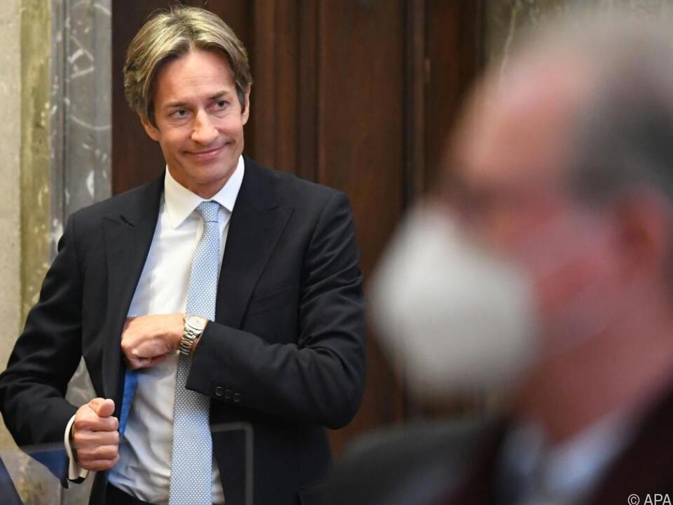 Der Ex-Finanzminister hofft auf ein gerechtes Urteil