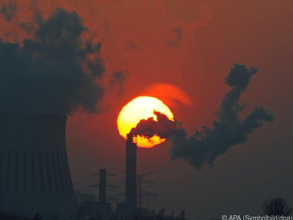 Die CO2-Emissionen sinken um sieben Prozent