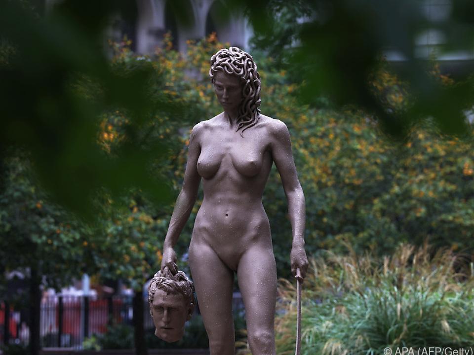 Die Medusa-Statue sorgt für Aufregung im \