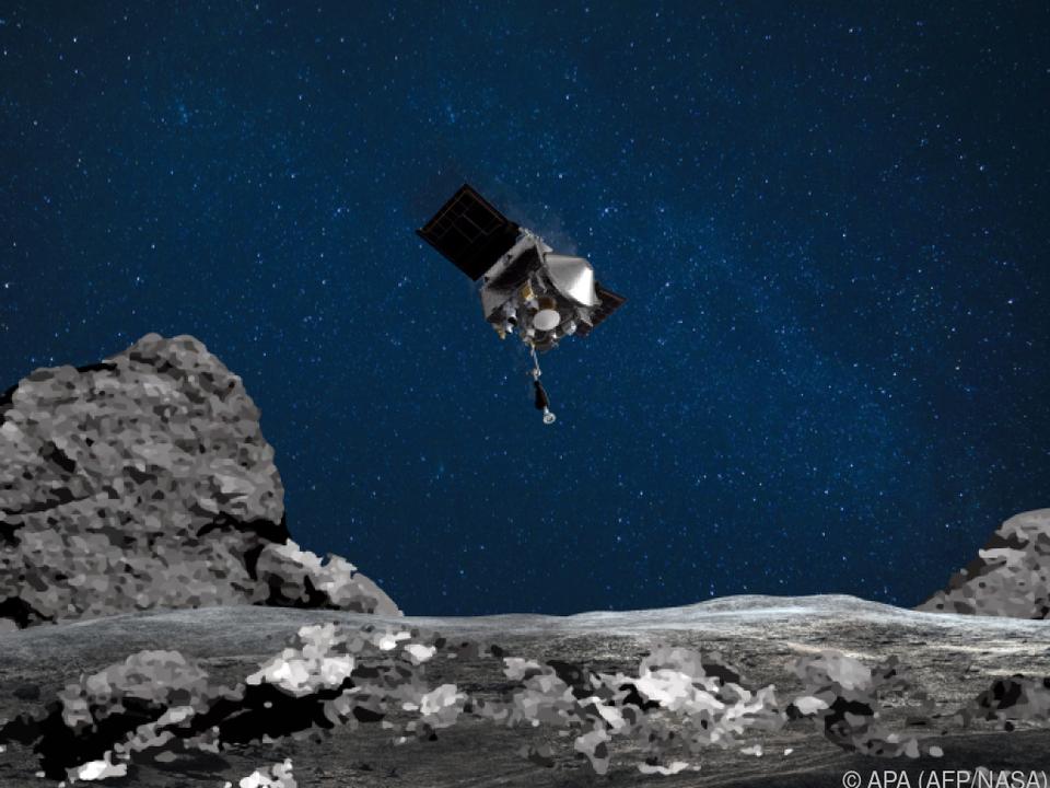 Die Sonde umkreist seit etwa zwei Jahren den Asteroiden
