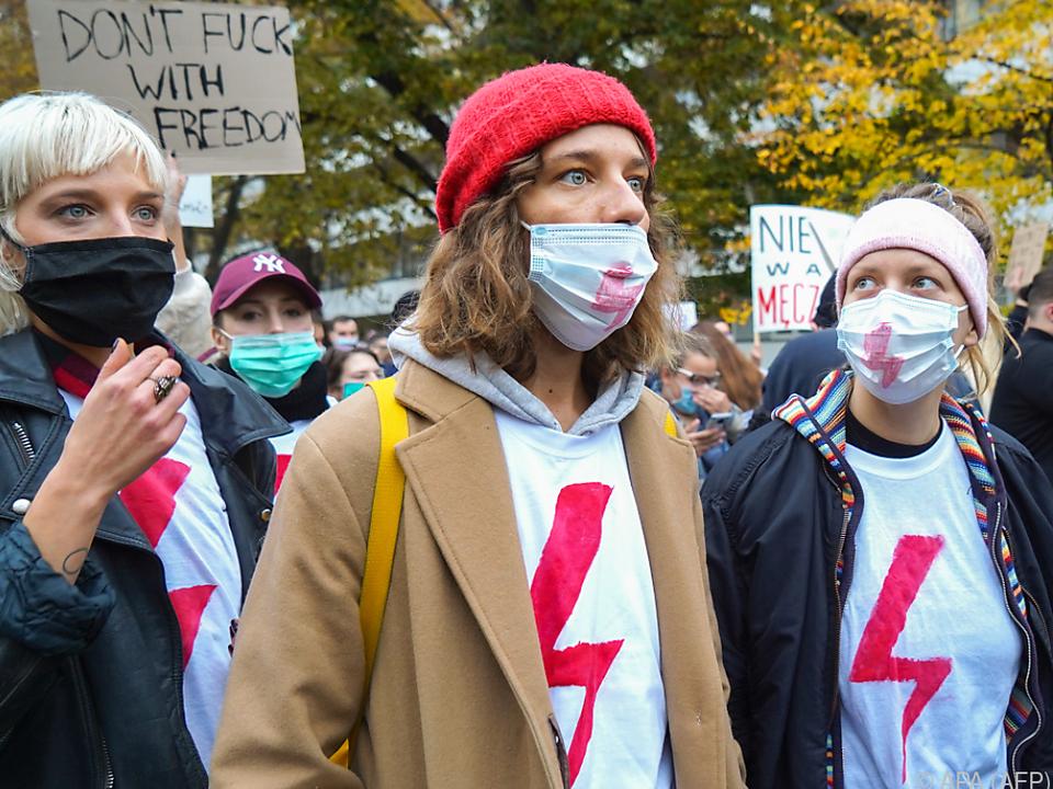 Frauen wollen Recht auf Abtreibung