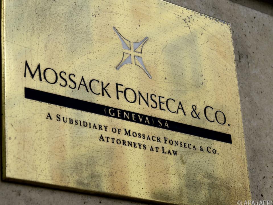 Gründer von Briefkastenkanzlei, Mossack und Fonseca, weltweit gesucht