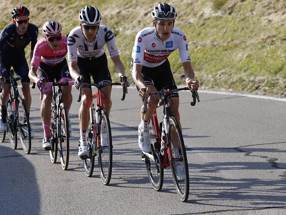 Hindley (r.) war der Stärkste auf der 18. Etappe