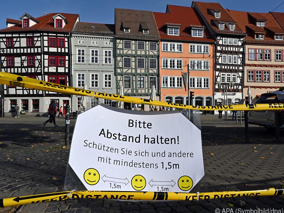 In Deutschland bleibt die Zahl der Neu-Ansteckungen hoch