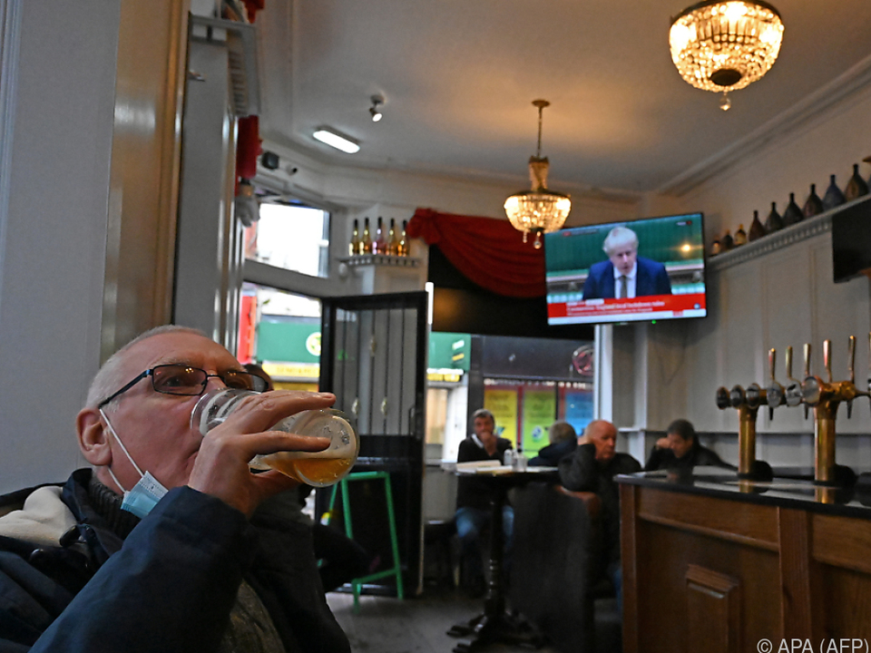 In stark betroffenen Regionen soll Pubs geschlossen werden