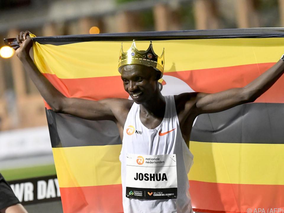 Joshua Cheptegei lief über 10.000 Meter Weltrekord